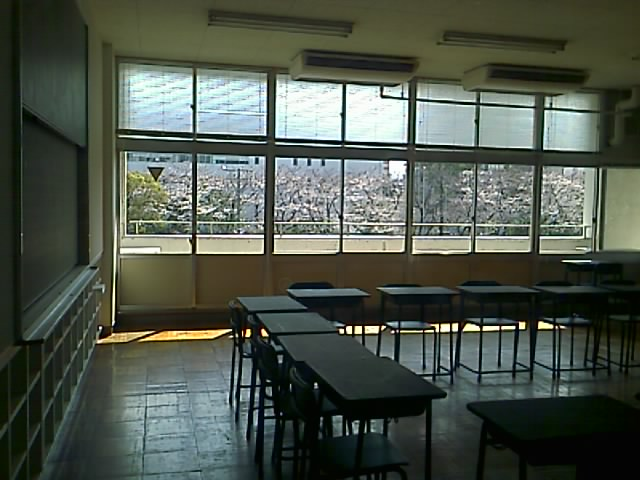 懐かしくて思い出がいっぱいの教室