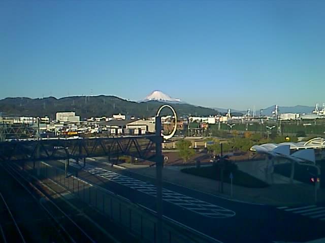 天気がいい時の最近の富士山